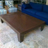 שולחן ברזל לסלון