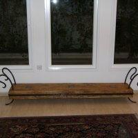 ספסל עץ גושני בשילוב ברזל